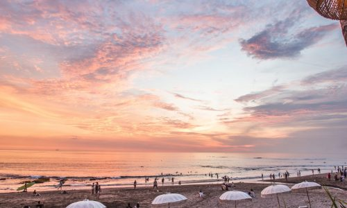 5 Easy Places to Surf Bali